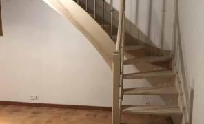Escaliers bois 17