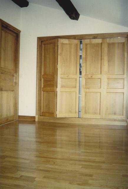 menuiseries agencement int rieur sarl menuiserie hiou sarl menuiserie hiou la rochelle. Black Bedroom Furniture Sets. Home Design Ideas